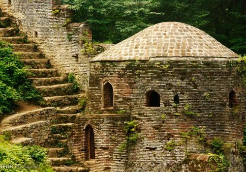 قلعه رودخان، برج و بارو