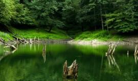 دریاچه میانشه ( چورت )