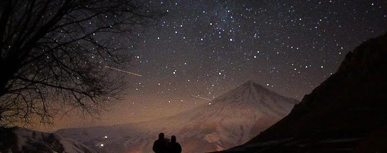 دشت آزو و آسمان شب