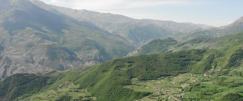 چشم انداز ارفع کوه به روستای پشت کل